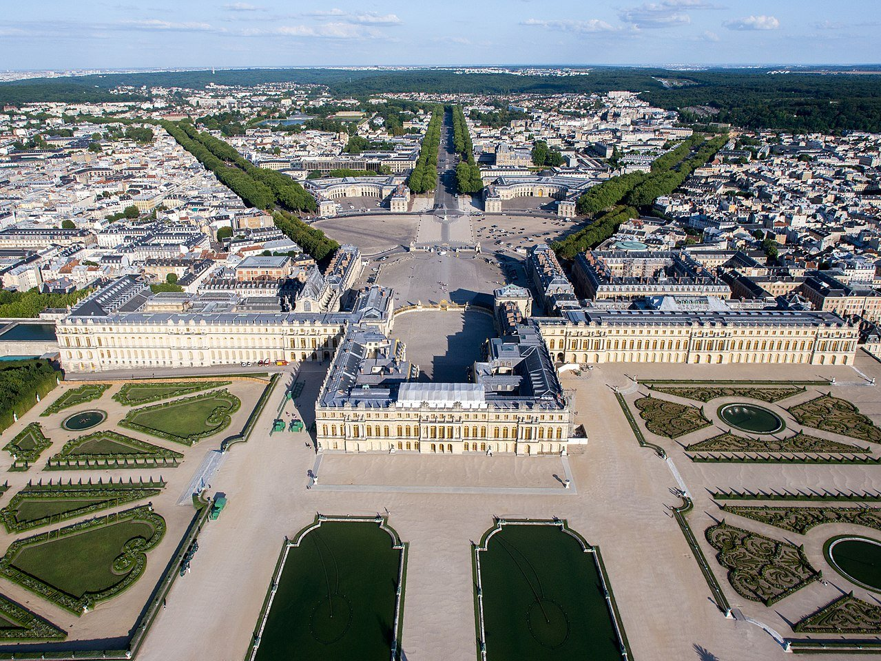 Versailles: The Palace is Yours